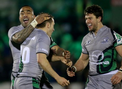 Vainikolo and Poolman celebrate with Parks after his la