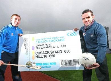 Johnny McCaffrey (left) and Ger Brennan (right) at yesterday's launch of the 2013 Dublin Spring Series.