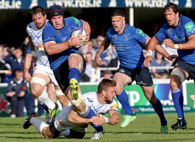 Sean O'Brien on the charge against Castres.