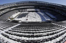 New York snowstorm gives MetLife Stadium a Super Bowl dress rehearsal