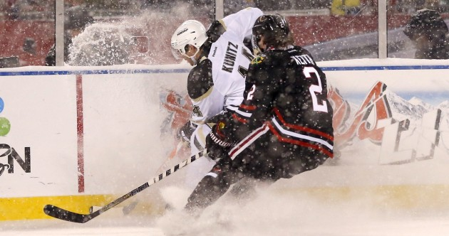 Hockey as it should be as Blackhawks beat Penguins at snowy Soldier Field